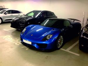 Porsche 918 Spyder Blau (1)